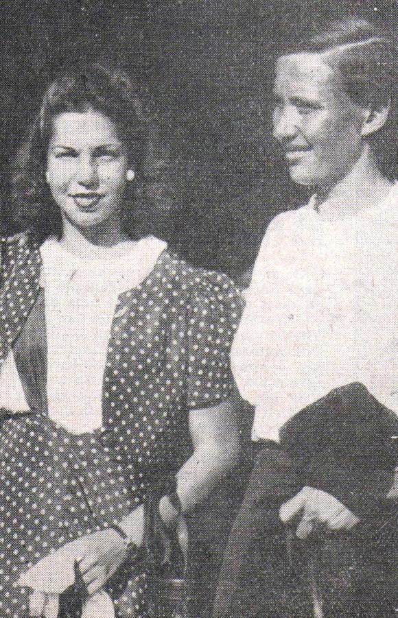 Piedade Coutinho com Maria Lenk no retorno dos Jogos Olímpicos de 1936. Crédito: O Globo Sportivo