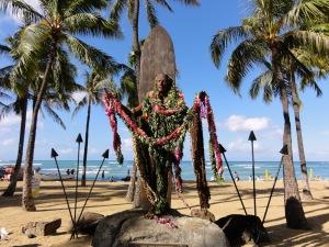 Memorial para Duke Kahanamoku na praia de Waikiki - Hawaii - Autor: Cristo Vlahos